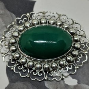 Jewelry - Vintage Sterling Silver Mexican Green Brooch Pin